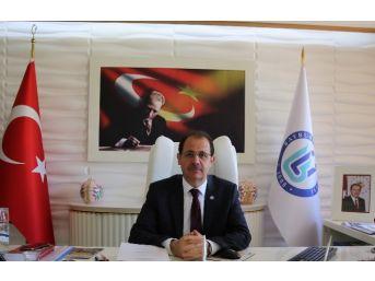 Bayburt Üniversitesi İnsan Ve Toplum Bilimleri Fakültesi Açıldı