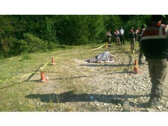 Cenazeden Dönenleri Taşıyan Minibüs Dereye Uçtu: 1 Ölü, 11 Yaralı
