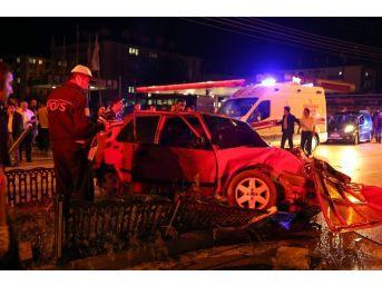 Kastamonu'da İki Otomobil Çarpıştı: 7 Yaralı