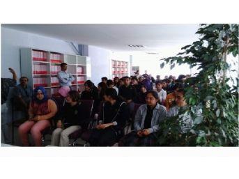 İşkur'dan Öğrencilere Meslek Seçim Semineri