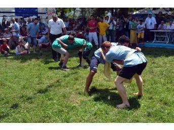 Kırım Tatarları Kocaeli Tepreş Şenliğinde Buluştu