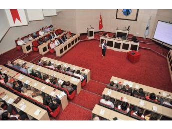 Belediye Personeline Hizmet İçi Eğitim