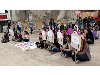 Cansu Kaya'nın Öldürülmesi Protesto Edildi