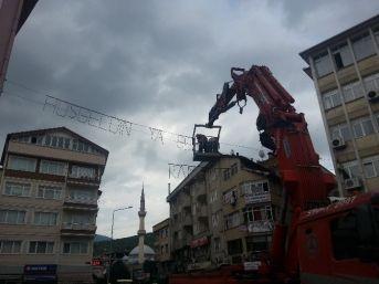 Devrek Sokakları Mahyalar İle Süsleniyor