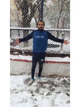 Genç Futbolcu, Trafik Kazasında Öldü
