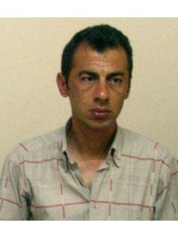 Sahte Polis Altınları Dolandırdıktan Sonra Gerçek Polise Yakalandı