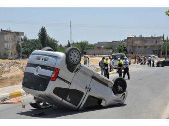 Adıyaman'da Kavşakta Kaza: 2 Yaralı
