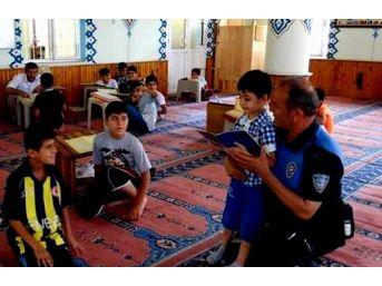 Aydın Polisi Camilerde Çocukları Eğitiyor