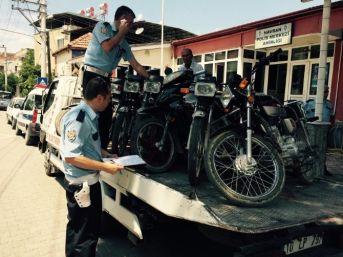 Standartlara Uymayan Motosikletler Toplandı