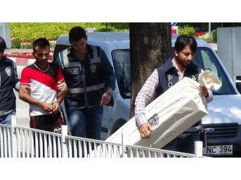 Bolu'da Villa Hırsızı Yakalandı