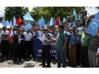 Bursa'da Çin Zulmüne Tepki Eylemi