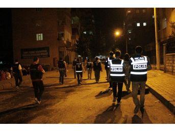 Diyarbakır Polisi Uygulamaları Sıklaştırdı