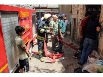 Sıcaktan Alev Alan Kablo Hurdacıyı Küle Çevirdi