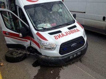 Kazada Yaralananları Almaya Giden Da Ambulans Kaza Yaptı