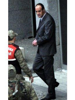 Yargıtay, Tecavüzcü Amcaya 56.5 Yıl Hapis Cezasını Onadı