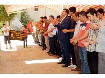 Gaziantep'Te Doğu Türkistan'Da Ölenler Için Gıyabi Cenaze Namazı