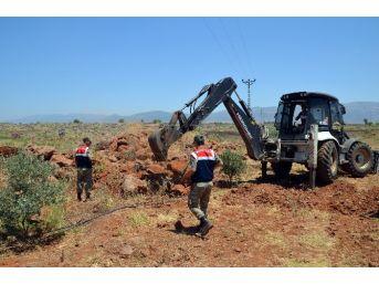 Çalıntı Lüks Otomobil Parçaları Toprak Altından Çıktı