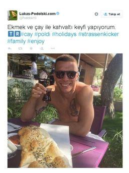 Podolskı'den Türkçe Mesaj