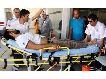 Kayseri'De Saatçi, 2 Müşterisini Bıçakladı