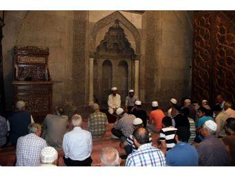 Merhum Cumhurbaşkanı Süleyman Demirel İçin Mevlit Okutuldu