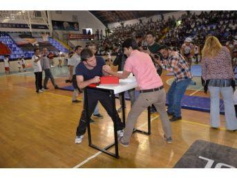 Yaz Spor Okulları Kapılarını Açtı