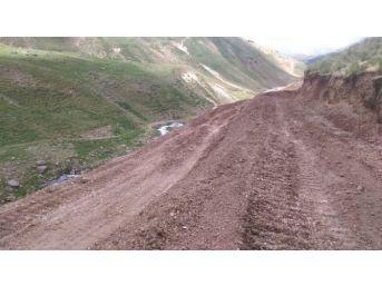 Erciş Belediyesi'den Yol Çalışmaları