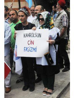 Memur- Sen'den, Yalova'da 'doğu Türkistan' Gösterisi