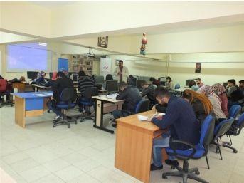"""Yozgat Gençlik Merkezi """"uygulamalı Girişimcilik Eğitim Kursu"""" Düzenledi"""