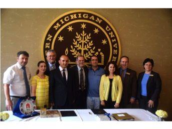 Amasya Üniversitesi'nden Abd'li Üniversiteyle Mevlana Anlaşması