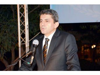 Öz Finans İş Sendikası İzmir'de İftar Verdi