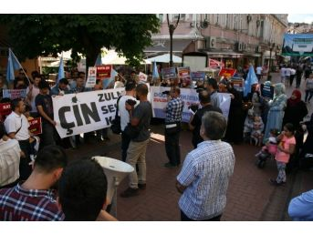 Uygur Türklerine Uygulanan Baskı Politikası Bartın'da Protesto Edildi