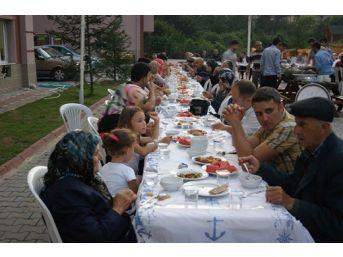 Çaycuma Müftülüğü'nden Şehit Ailelerine Ve Yakınlarına İftar