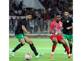 Antalyaspor, Denizlispor'U 3- 0 Yendi