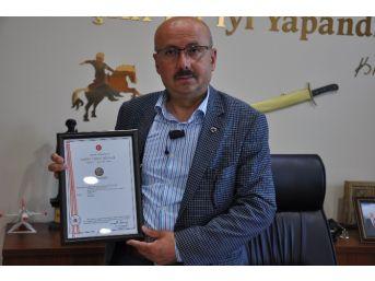Sarıveliler Belediyesi, Karacaoğlan İsminin Patentini Aldı