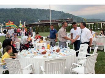 Arifiye Belediyesi İftarda Buluştu