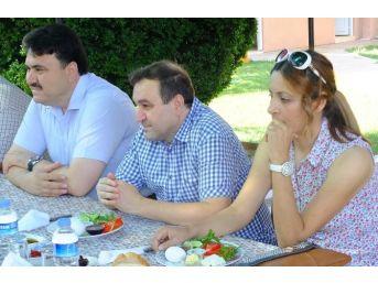 Başkan Ersoy Gazetecileri Unutmadı