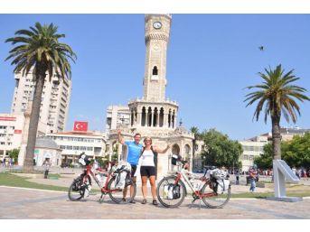 Alman Çift, Bisikletli Gezilerini İzmir'de Noktaladı