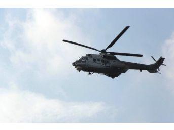 İncirlik Üssü'ne İki Helikopter Peş Peşe İndi