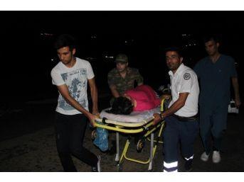 Pkk'lı Teröristler Doğum Sancısı Çeken Kadını Almaya Gelen Helikoptere Ateş Etti