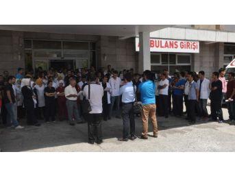 Bitlis'teki Sağlık Personellerinden Basın Açıklaması
