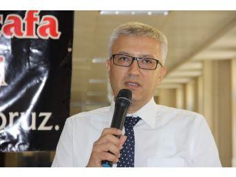 Trafik Kazasında Ölen Cezaevi Müdürü İçin Helva Dağıtıldı