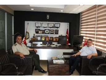 Jandarma Komutanı Akça'dan Taşlı'ya Veda Ziyareti