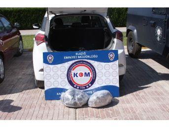 Elazığ'da 13 Kilo Esrar Ele Geçirildi