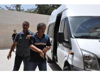 Elazığ'da Eski Bdp Ile Dbp Il Başkanları Tutuklandı