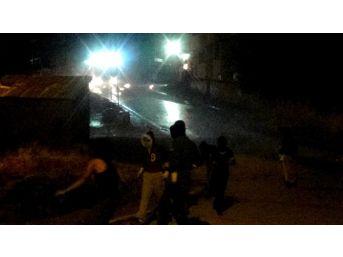 Hakkari'de Mit Binasına Saldırı