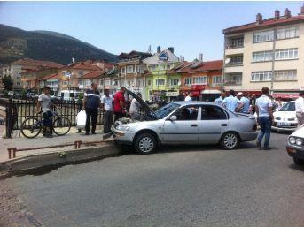 Akşehir'de Trafik Kazası: 2 Yaralı,