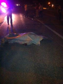 Otomobil, Motosiklete Çarptı: 1 Ölü