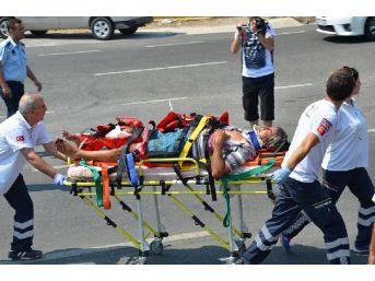 Kamyonete Çarpmamak Için Direksiyon Kırdı, Kamyonla Çarpıştı: 2 Yaralı