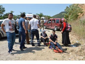 Niksar'da Zincirleme Trafik Kazası: 10 Yaralı
