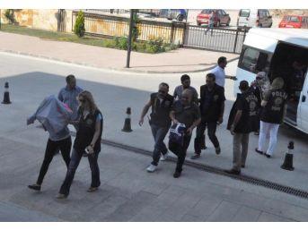 Uşak'ta Fuhuş Operasyonuna 7 Gözaltı